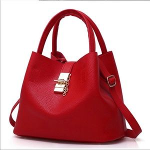 Handbags - Gorgeous red handbag